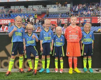 ARC-leden wedstrijdmascotte bij Feyenoord – Southampton