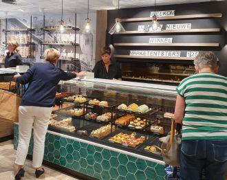 Banketbakkerij Stevers opent vernieuwde winkel